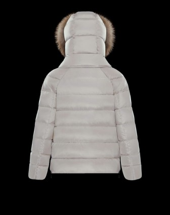 fa1b12e65e Moncler-Chitalpa-Women-White-Short-Outerwear_001